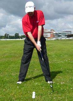 Left-handed golfer